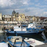 Porto turistico, Торре-Аннунциата