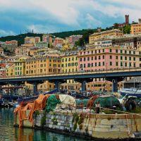 Old  Genoa - La Darsena, Генуя