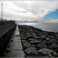 Genova - Massicciata frangiflutti del depuratore di Punta Vagno, Генуя