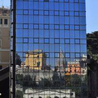 Genova - Centro storico....riflesso  (To enlarge), Генуя