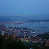 La Spézia - Golfo dos Poetas à noite, Ла-Специя