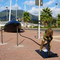 Escultura en el puerto de Spezia, Ла-Специя
