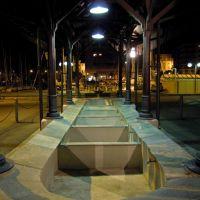Savona, Piazza delle Mancine (particolare dellantico lavatoio), Савона