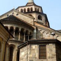 Bergamo - Gap - Santa Maria Maggiore Basilica - Backside, Бергамо