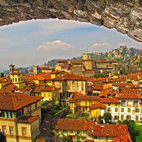 ITA Bergamo (Citta Alta e San Vigilio) from Campanone della Torre Civica by KWOT, Бергамо