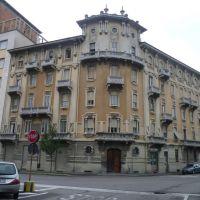 Busto Arsizio (VA) - Palazzo Frangi in stile eclettico in via Mameli, Бусто-Арсизио
