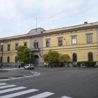 Busto Arsizio (VA) - liceo artistico in piazza Trento e Trieste, Бусто-Арсизио