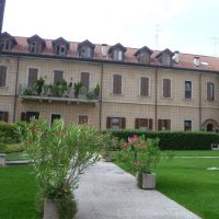 Busto Arsizio (VA) - bel palazzo in via Roma, Бусто-Арсизио