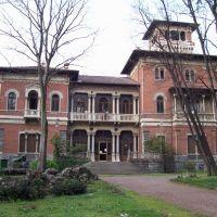 Villa Ottolini Tosi, Бусто-Арсизио