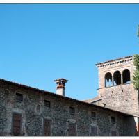 Castello di Cavernago, Леччо