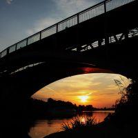 Mantova, la città dai mille tramonti - Tramonto sotto il ponte San Giorgio, Мантуя