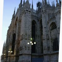 米兰大教堂一侧 Milano cathedral one side, Милан