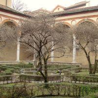 Basilica Santa Maria delle Grazie - Patio, Милан