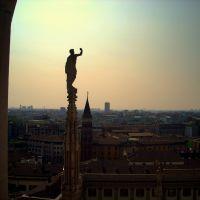 Από την κορυφή του Duomo... (From the top of Duomo...), Милан