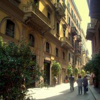 Στενά λουσμένα στο φως...(Streets of...Milano), Милан