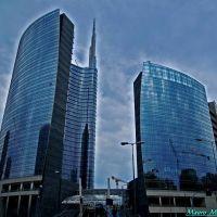 Milano, Piazza Sigmund Freud angolo Viale Sturzo. I nuovi grattacieli del Centro Direzionale, Милан