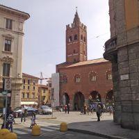 Monza, palazzo medioevale, Монца