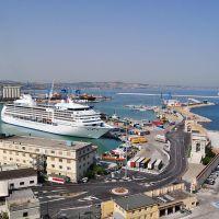 Ancona - Hafen mit Fähre - (C) by Salinos_de I, Анкона