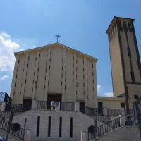 Chiesa Regina Pacis, Калтаниссетта