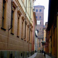 Asti, scorcio su campanile Cattedrale, Асти