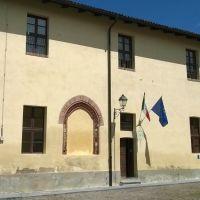 Le scuole presso il castello di Moncucco T. (AT), Биелла
