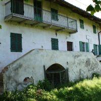3º paso del éxodo: Cascina Moglia, Биелла
