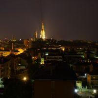 Novara e il suo simbolo. notturna, Новара