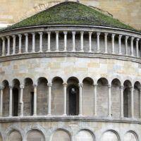 Arezzo - Particolare da Piazza Grande, Ареццо