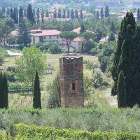 la torre di Gnicche - arezzo, Ареццо