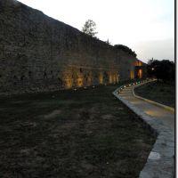 Luci sul muro di cinta ! (750° foto su google earth), Ареццо