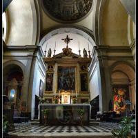 Chiesa SS. Flora e Lucilla in Badia (con anamorfosi di Andrea Pozzo), Ареццо