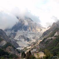 BEDIZZANO, Carrara (MS), Scorcio sulle Alpi Apuane, Каррара