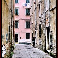 3-Carrara Via dellarancio, Каррара
