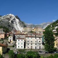 Marina di Carrara - Verso le cave, Каррара