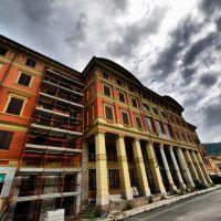 "Carrara - teatro Politeama - sede ""F.A.I.""  gruppi anarchici riuniti, Каррара"