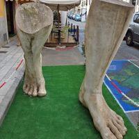 Carrara, Marble legs, Каррара