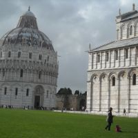 Baptistery and Duomo in Pisa, Пиза