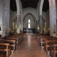 Poggibonsi - Interno della chiesa di S.Lorenzo - 20-7-2014, Пистойя