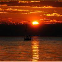 Sunset Boat, Триест