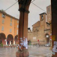 Bologna sotto la pioggia scrosciante, Болонья