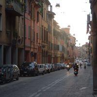 Via Sant Isaia (Bologna), Болонья