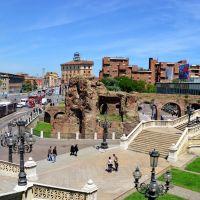 Bologna, le rovine della vecchia cittadella medievale di Papa Giulio II (per Rafl), Болонья