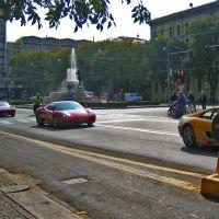 Ferraris and bikes in Modena, Модена