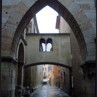 Modena-Calle Lanfranco e Porta Pescheria, Модена
