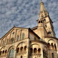 Duomo di Modena, Модена
