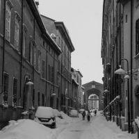 La grande nevicata del 2012: via Mazzini e Porta Sisi, Равенна