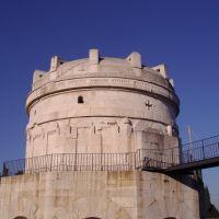 Mausoleo di Teodorico - Ravenna, Равенна