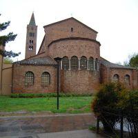 Ravenna - Basilica di S.Giovanni Evangelista, V-XIV Sec. - Lato absidale (13/04/2012), Равенна