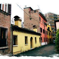 Una bizzarra stradina - A bizarre street, Феррара