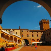 ITA Ferrara Piazza del Municipio by KWOT, Феррара